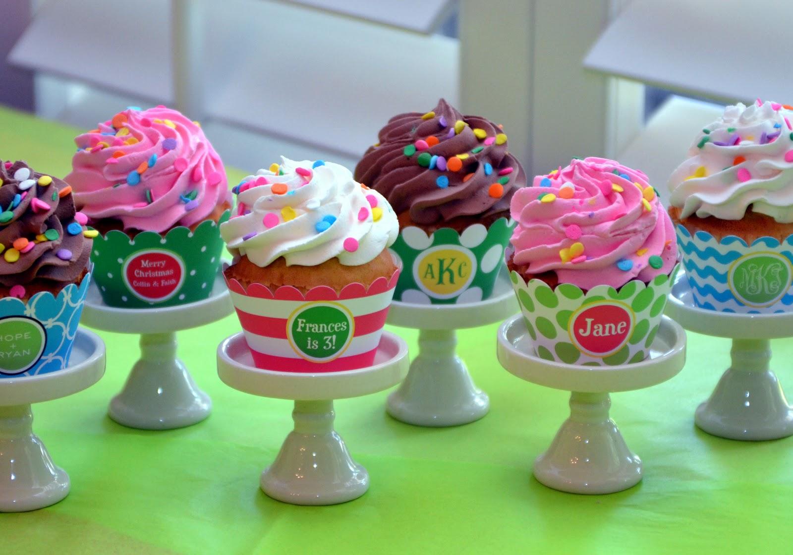 Cupcake Design Cakes : Creative Cupcake Stand Monogram Lane